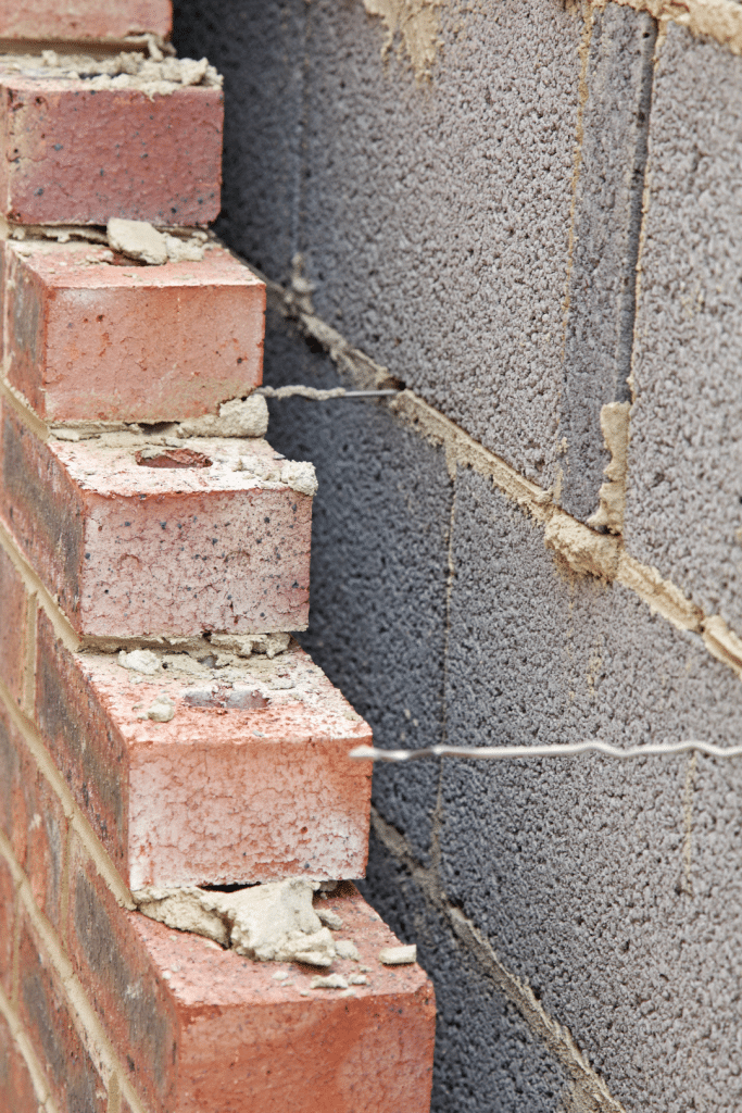 Cavity Wall construction with wall ties
